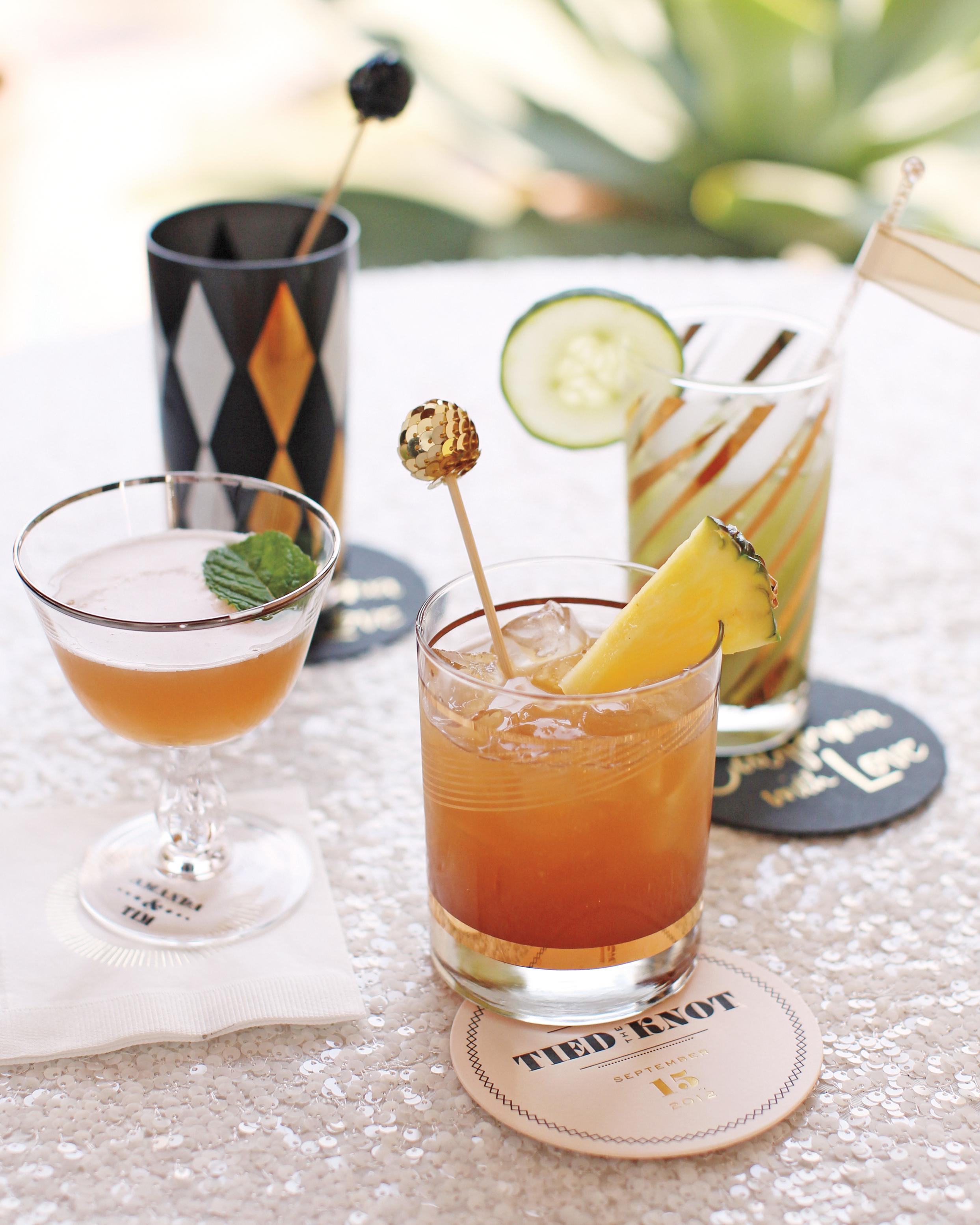 cocktail-setup-001-mwd109359.jpg