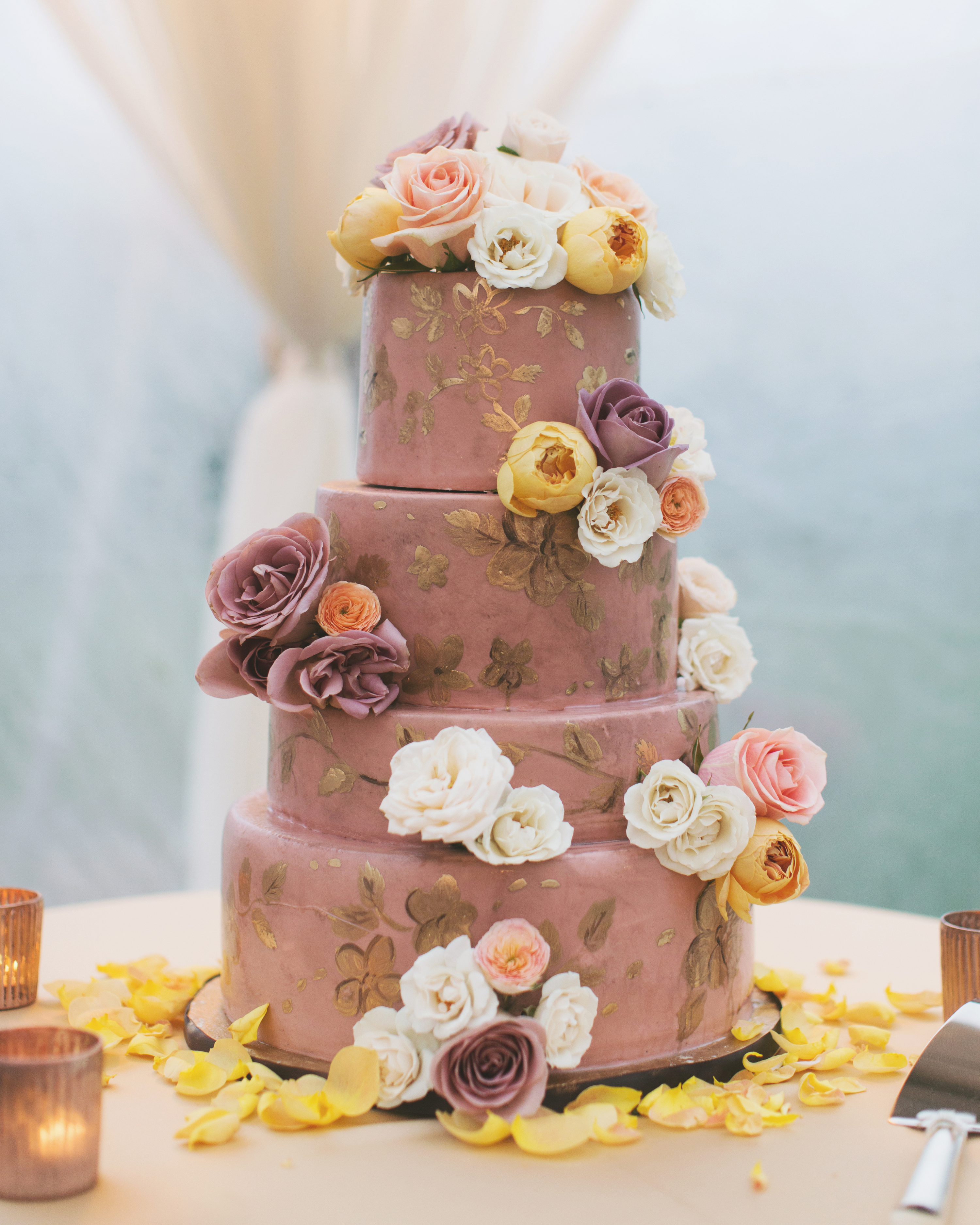 What Are the Fees for Delivery and Setup of the Cake?