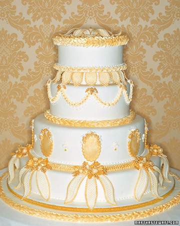 Baroque-Inspired Wedding Cake