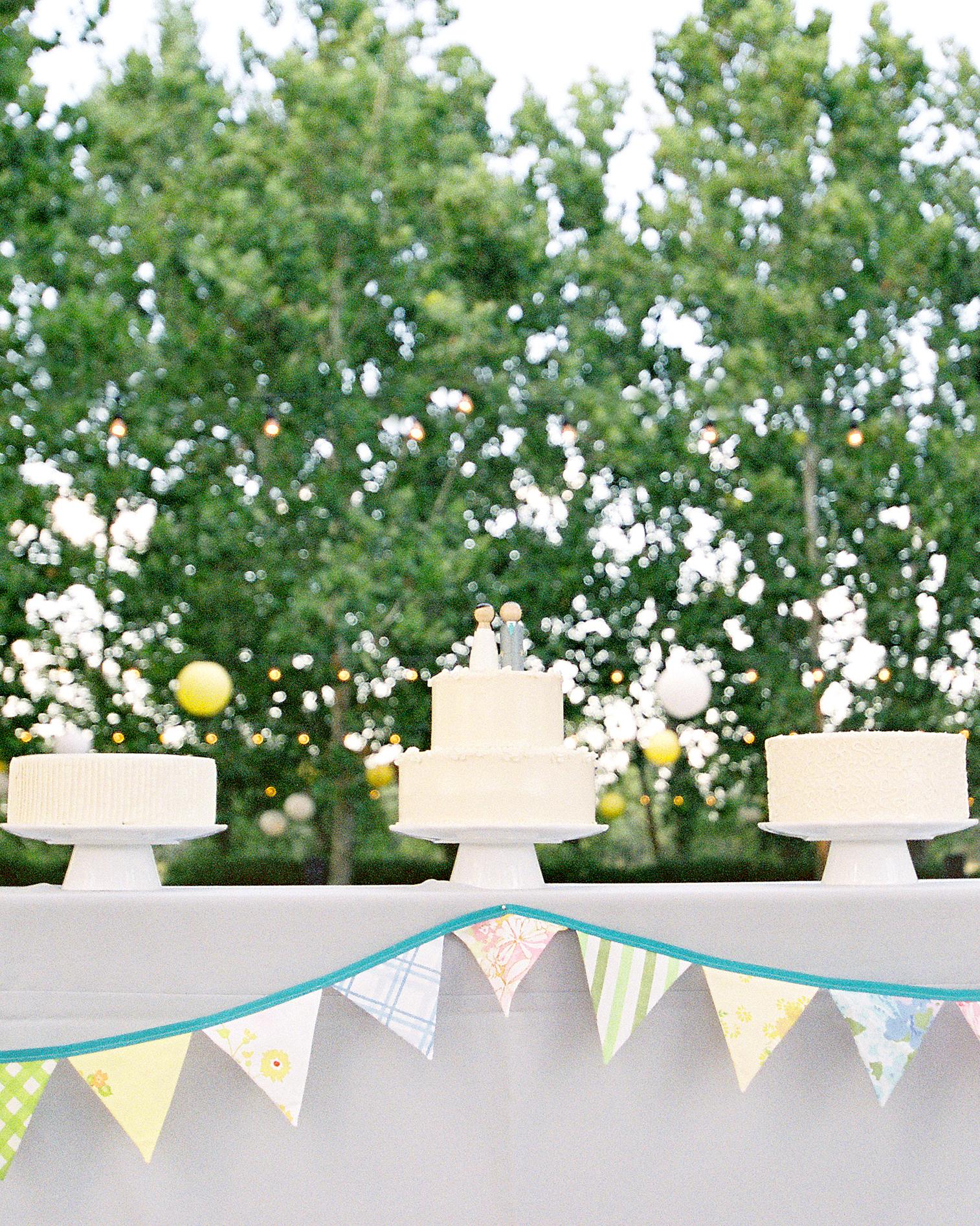 real-weddings-zoe-john-006740-R1-007-2.jpg