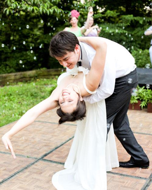 rw_1110_madeline_tora_dancing.jpg