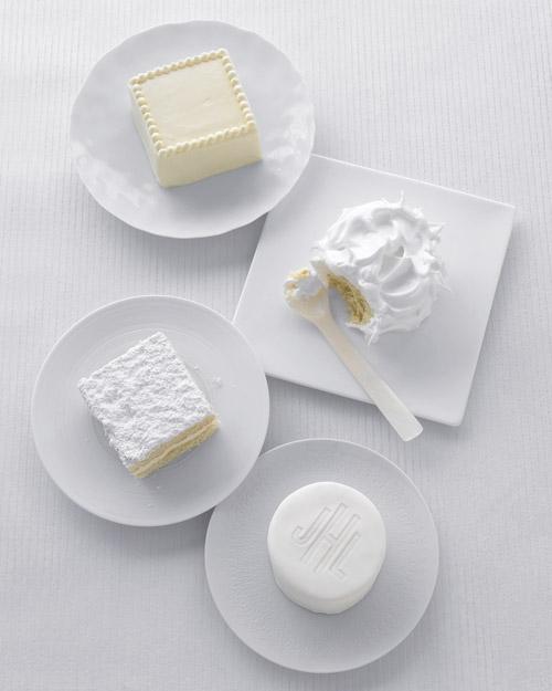 Mini White Cakes