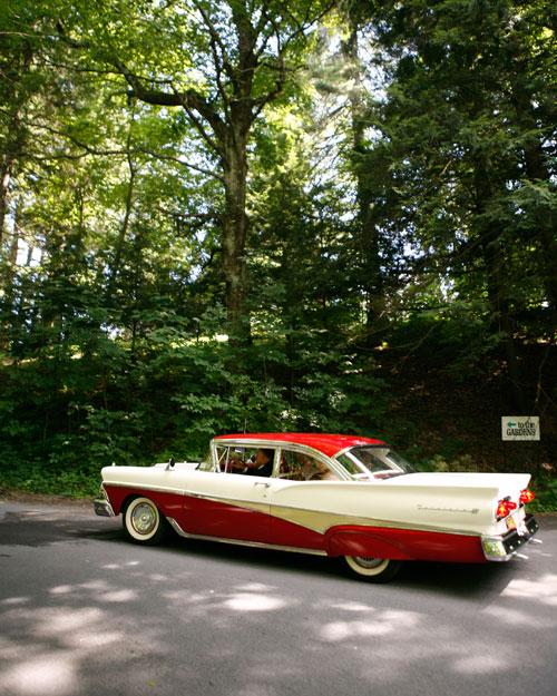 rw_0211_jolene_brad_car.jpg