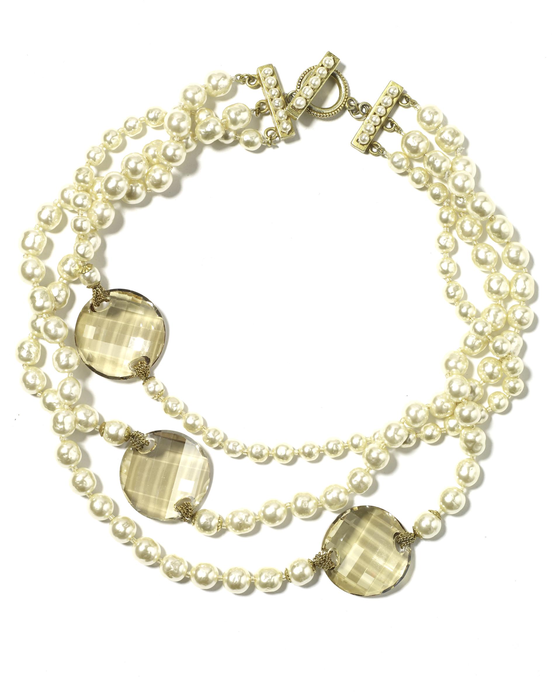 wd404606_spr09_jewelry2.jpg