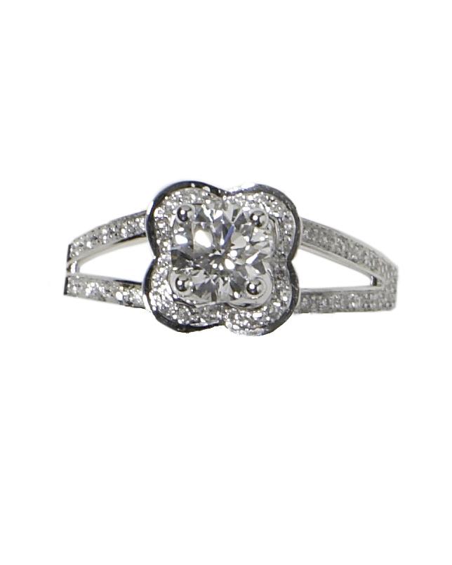 wd404606_spr09_jewelry4.jpg