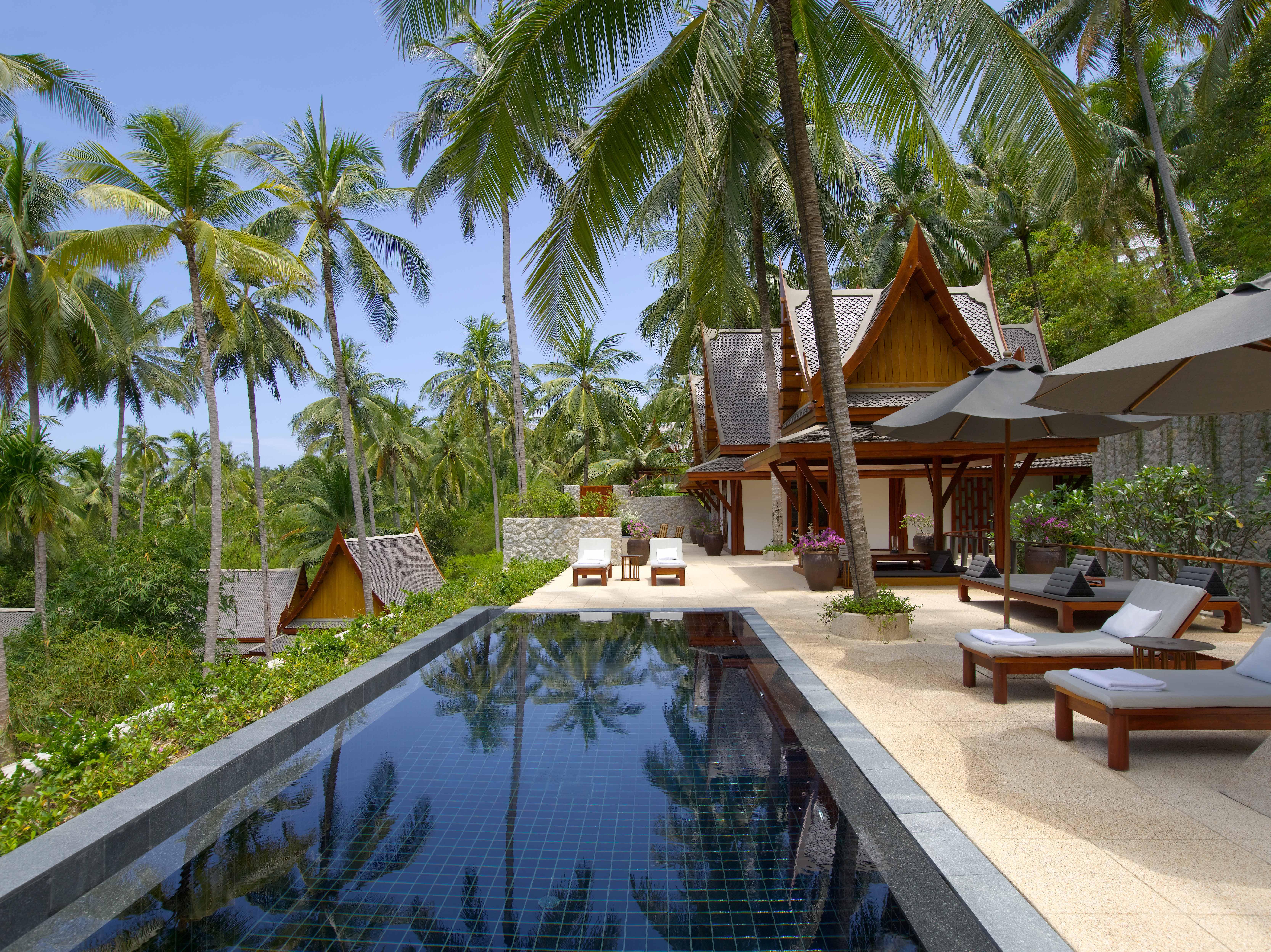 resort lounge pool area