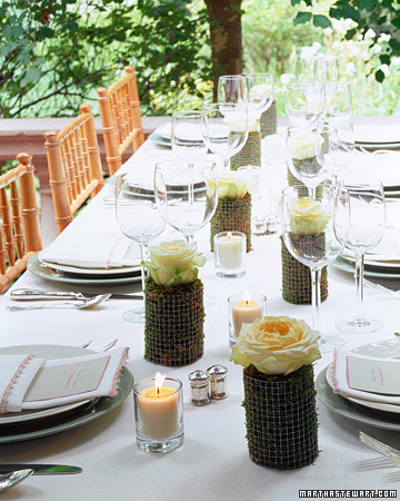 Moss-and-Rose Centerpiece