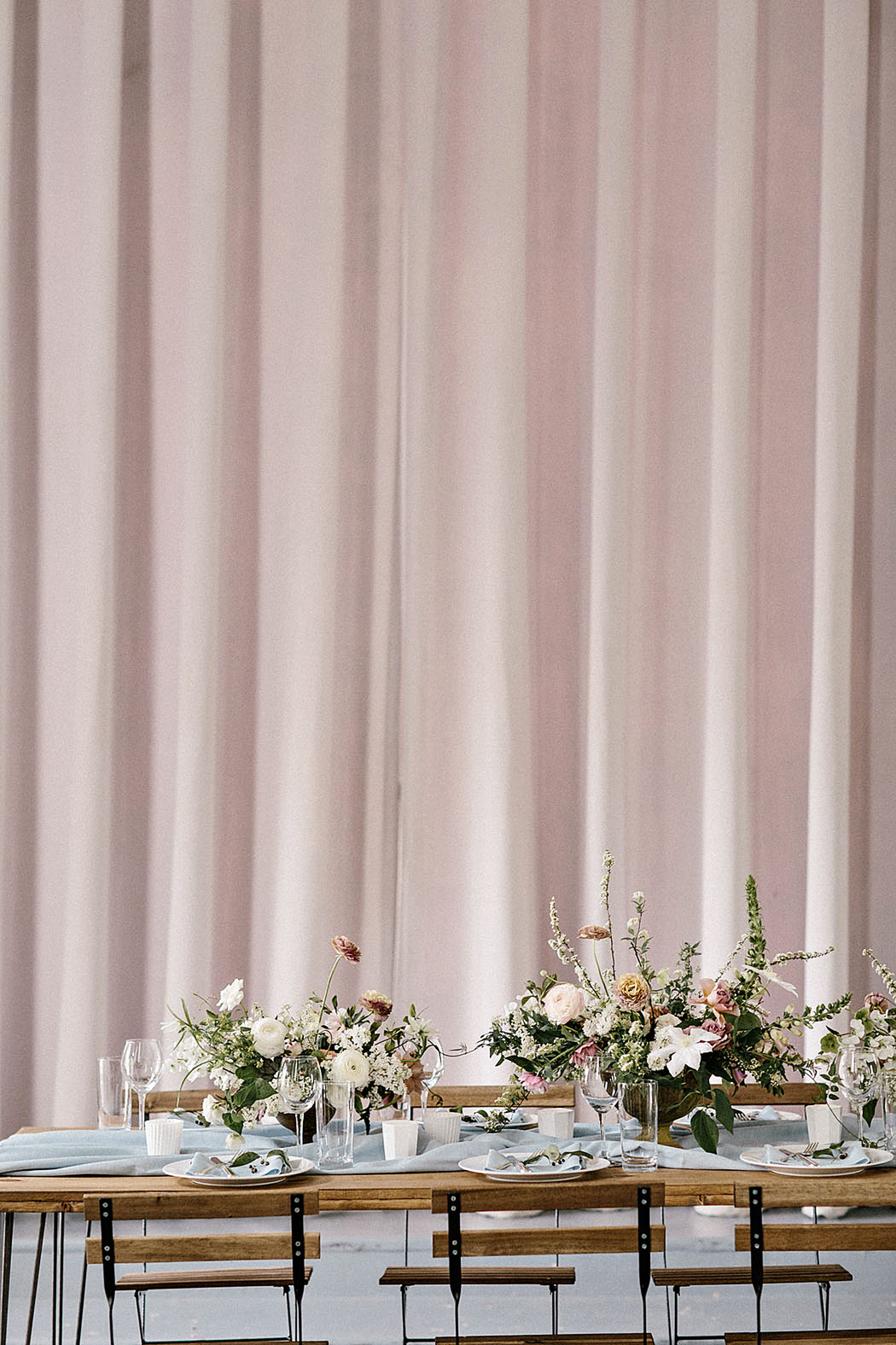 tablescape flowers