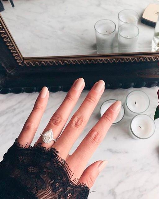 instagram-engagement-ring-selfie-pear-shaped-ring-0116.jpg