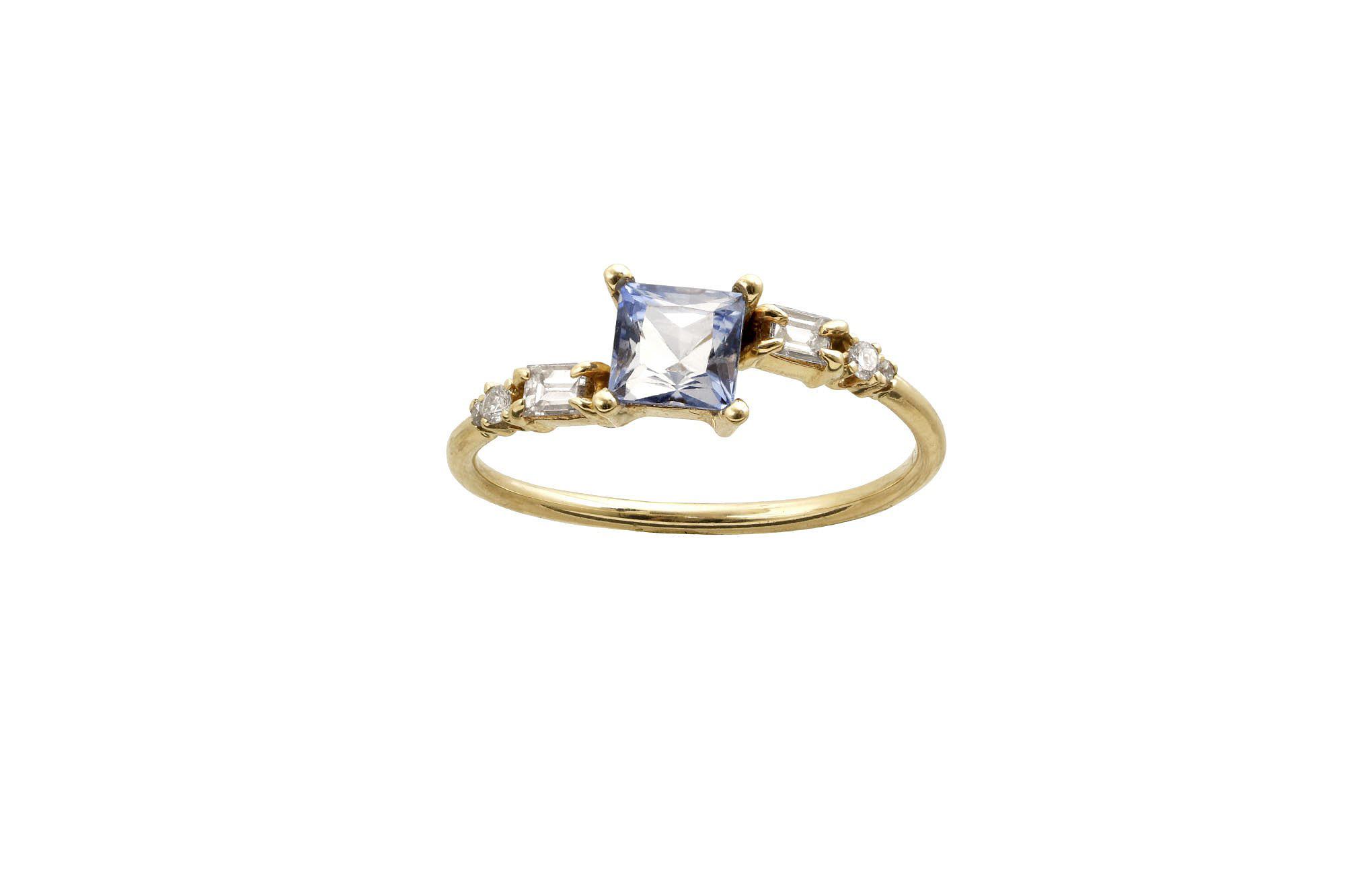 princess cut ring wwake stone cluster