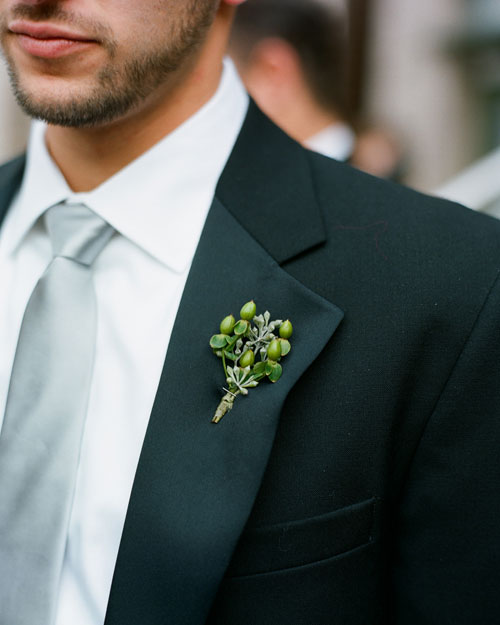 The Groomsmen's Boutonnieres