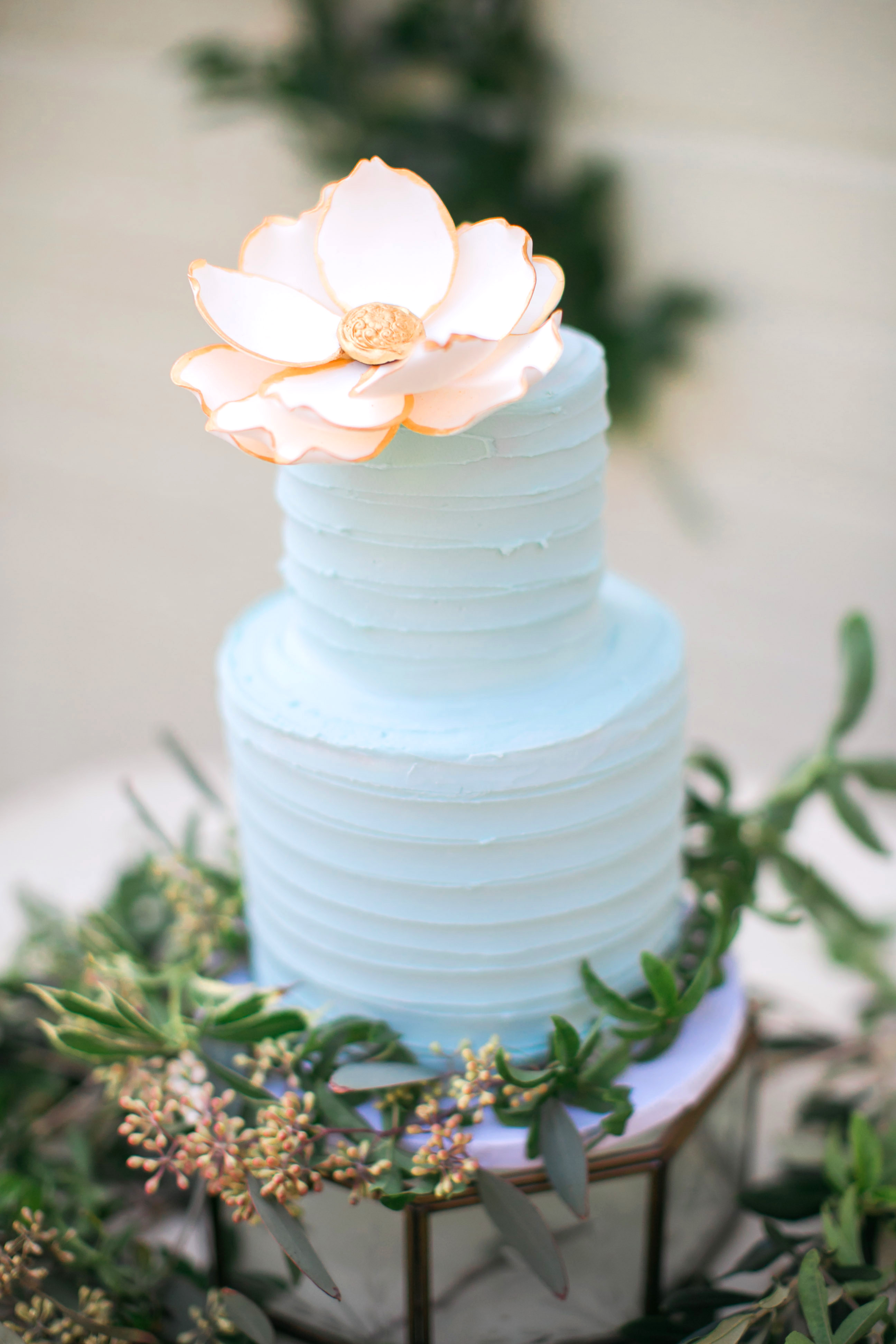 ridged cake with flower on top