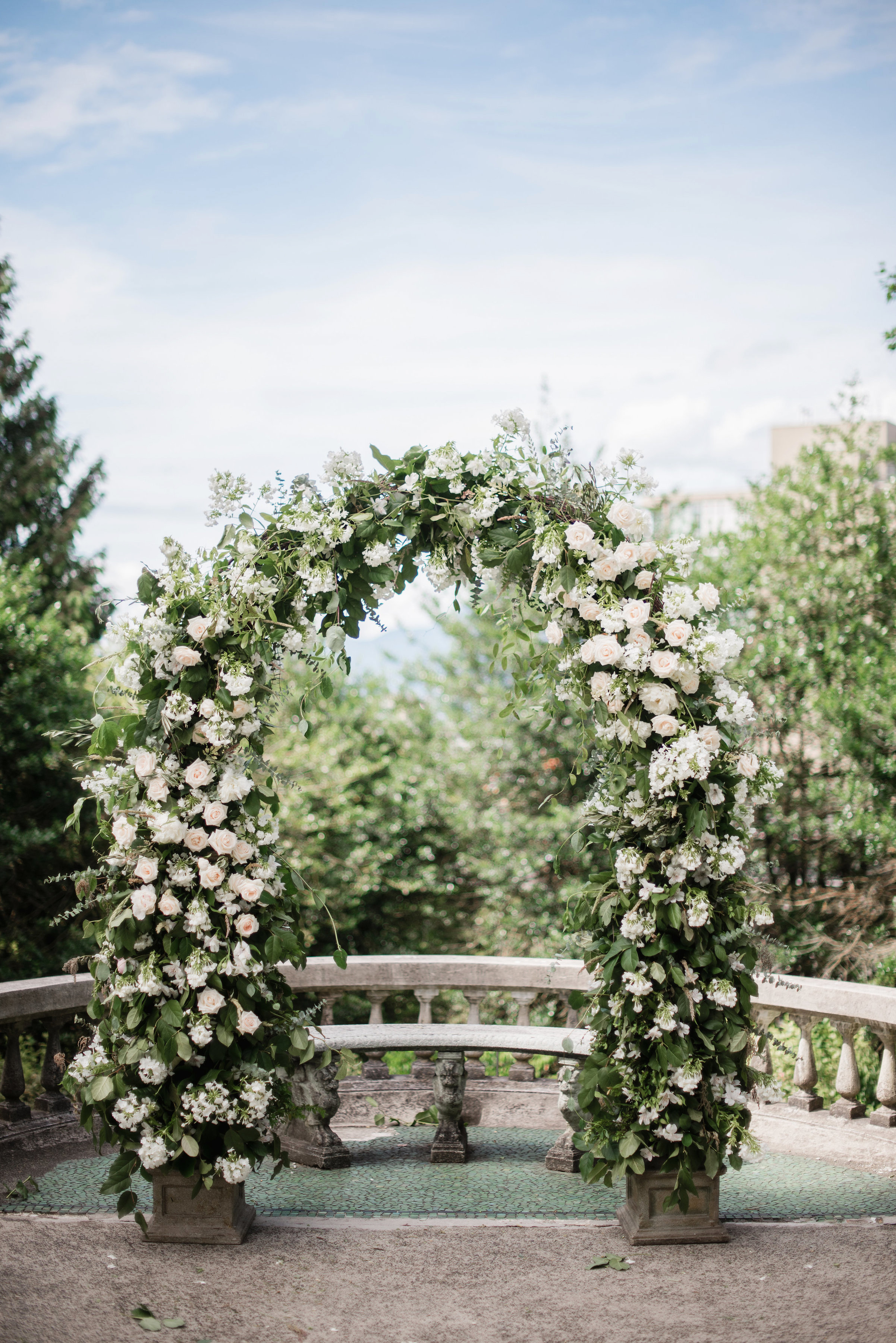 gloria zee wedding ceremony arch
