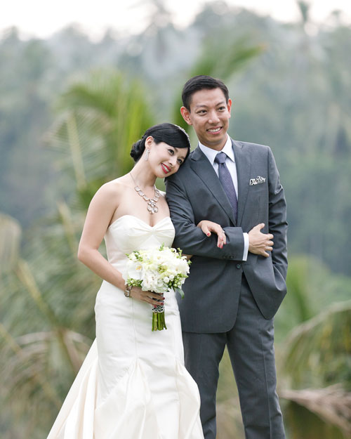 A Modern Garden Destination Wedding in Bali