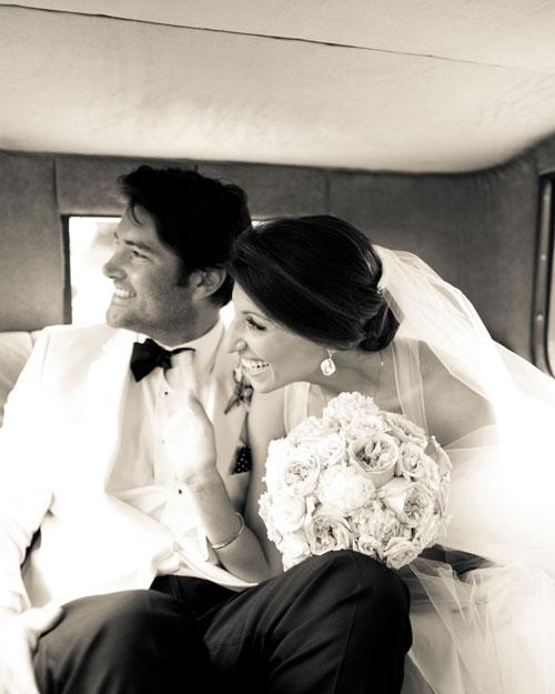 real-wedding-rose-gary-0411-car.jpg