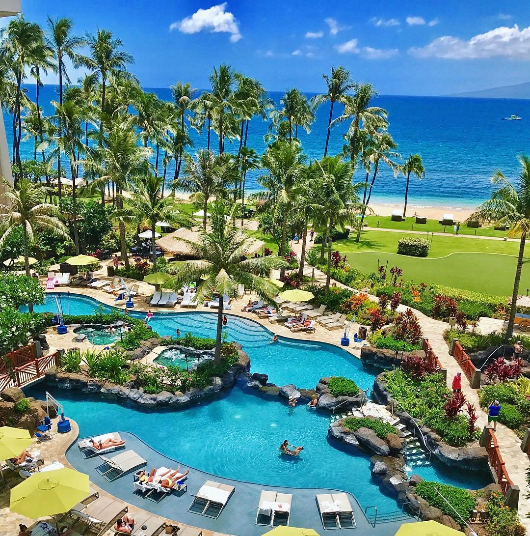 The Best Honeymoon Hotels & Resorts in Hawaii