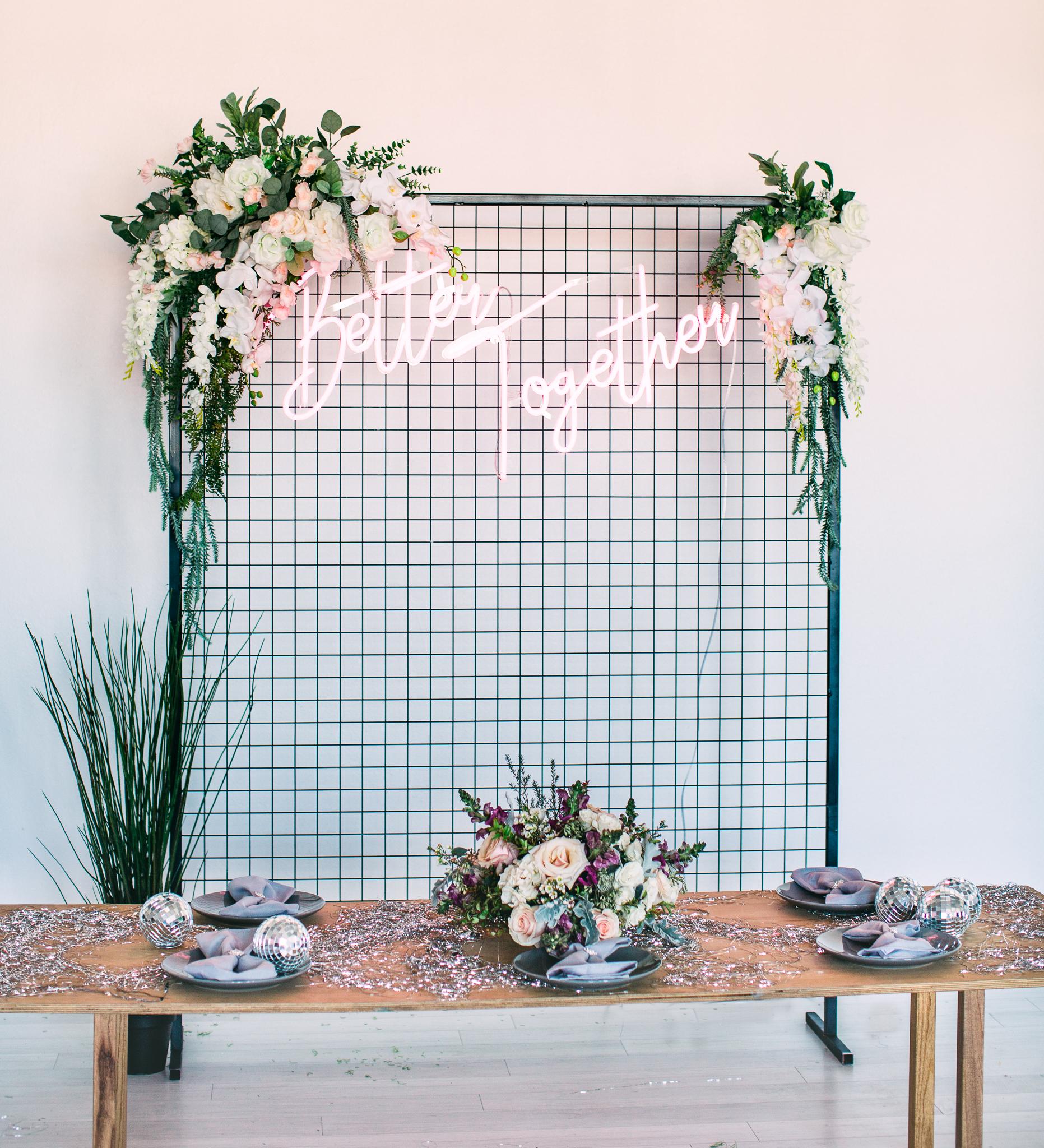 sparkling tablescape confetti
