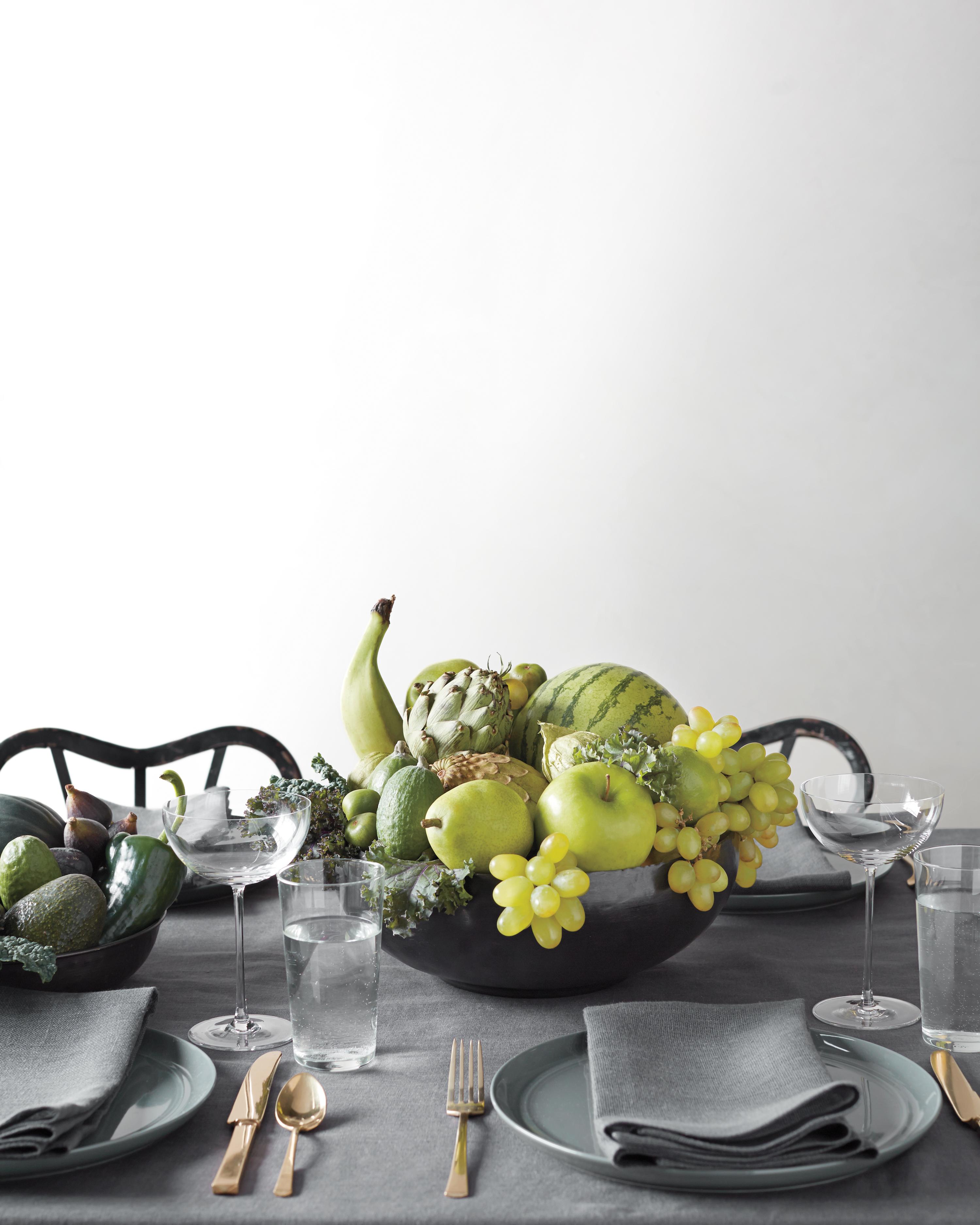 green-fruit-centerpiece-040-d111205.jpg