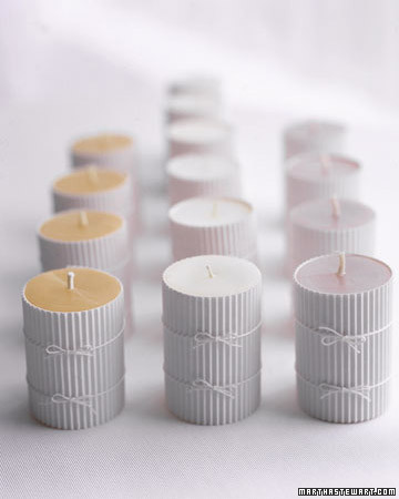White Favors: Greeting Candles