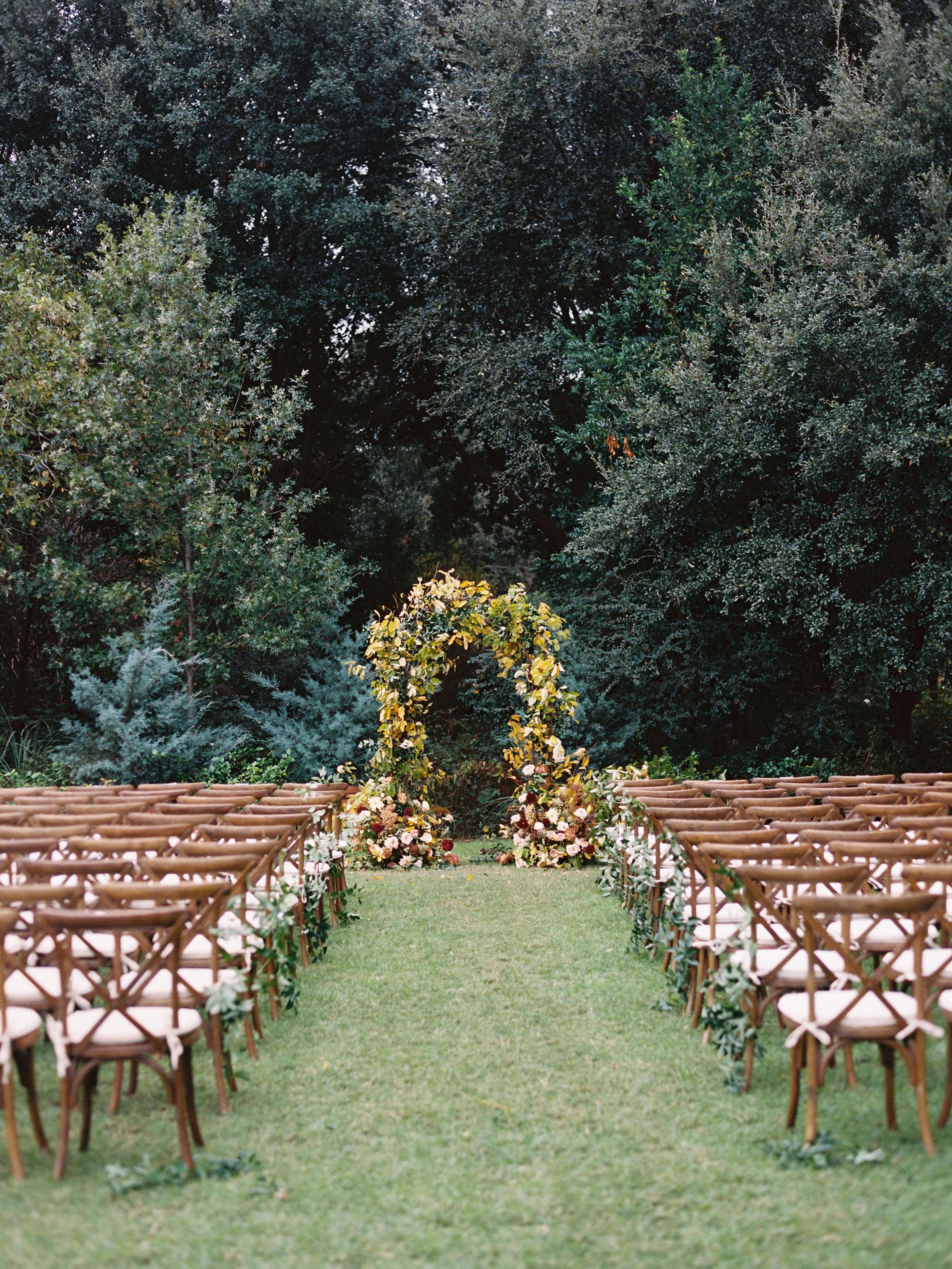 Fall wedding aisle