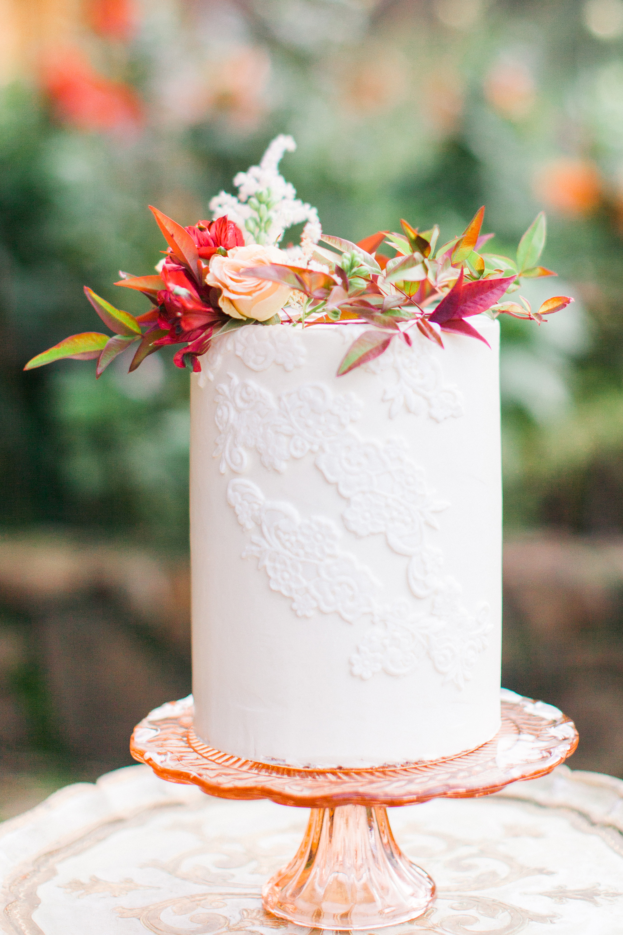 Single-Tier Wedding Cake with Lace Detail and Seasonal flowers, Fall Wedding ideas