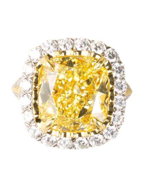 msw_sum10_yellow_ring_christopher.jpg