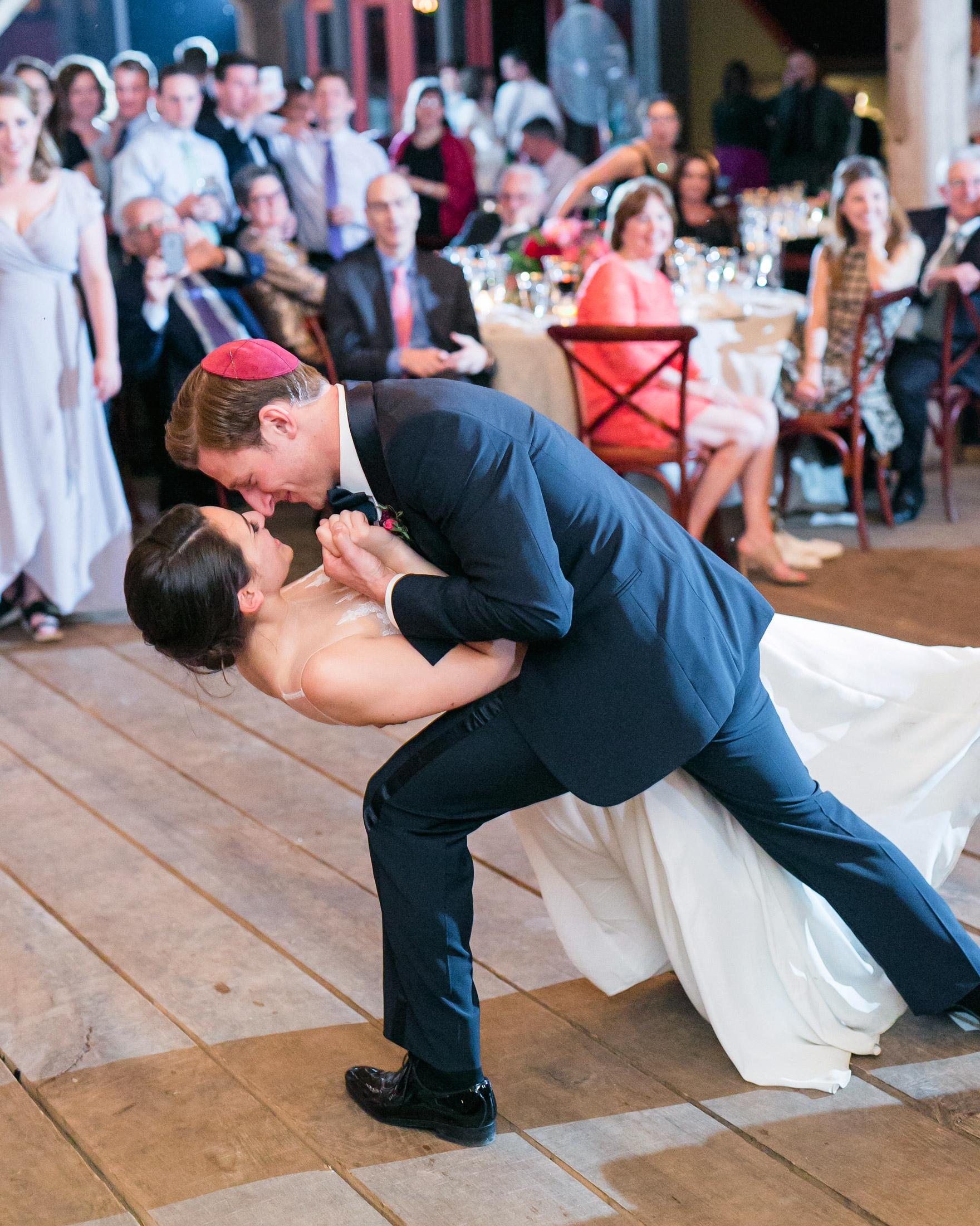 sasha-tyler-wedding-virginia-dance-dip-72-s112867.jpg