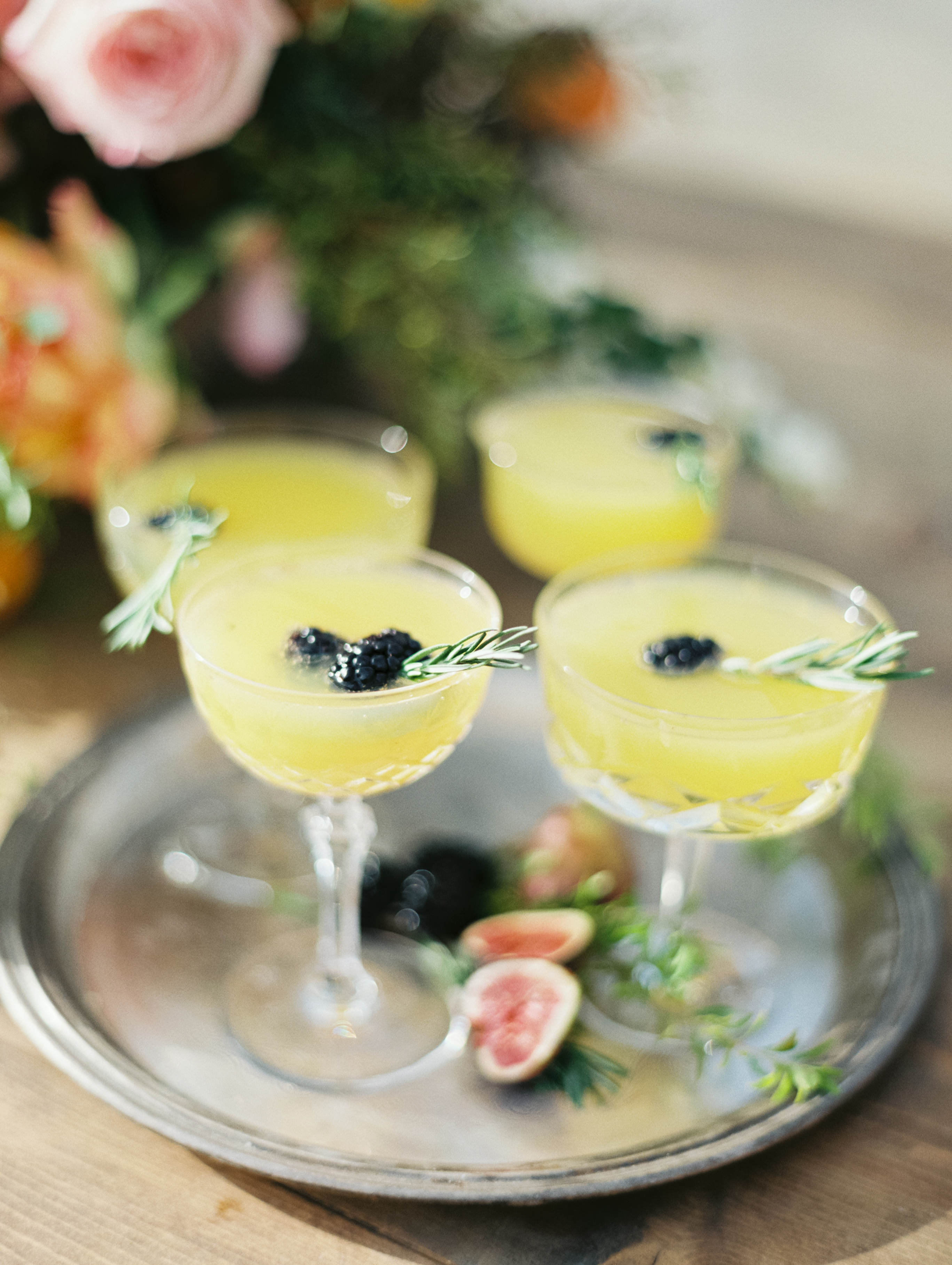 yellow wedding ideas luna de mare