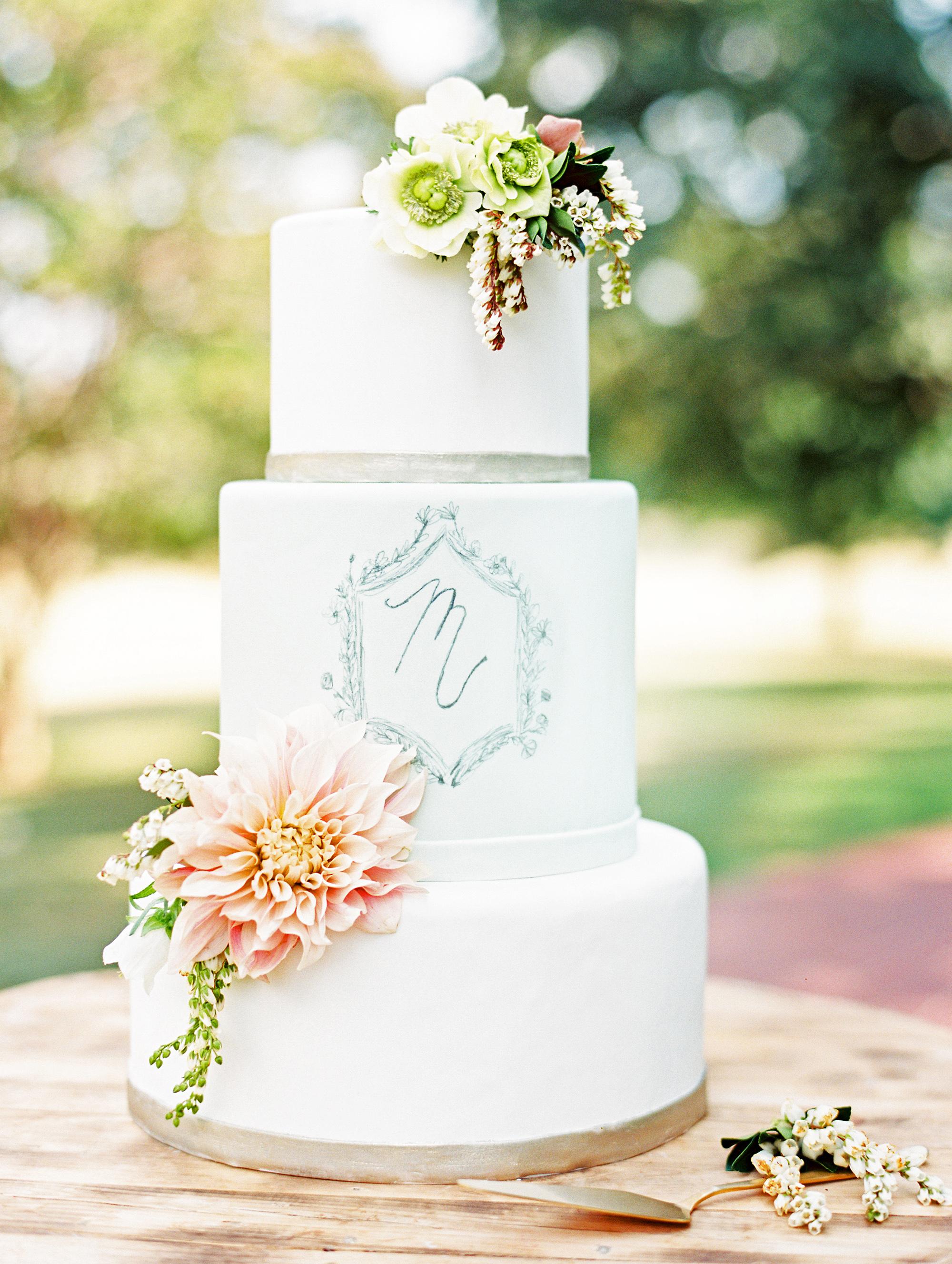 monogram wedding cake ryan ray sugar bee sweets