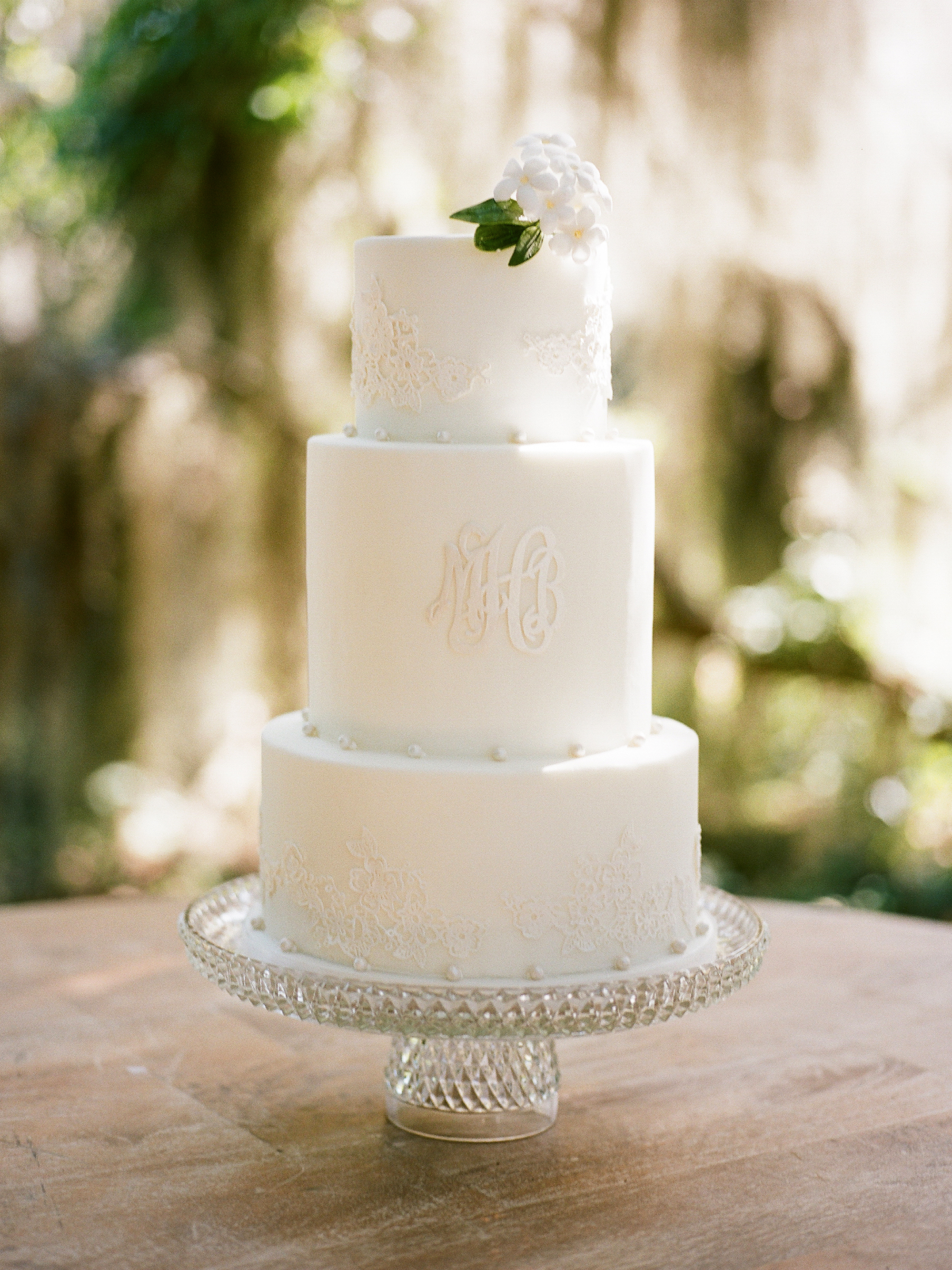 monogram wedding cake davy whitener minette rushing