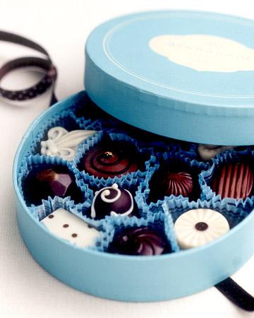 wa101613_win06_chocolates.jpg