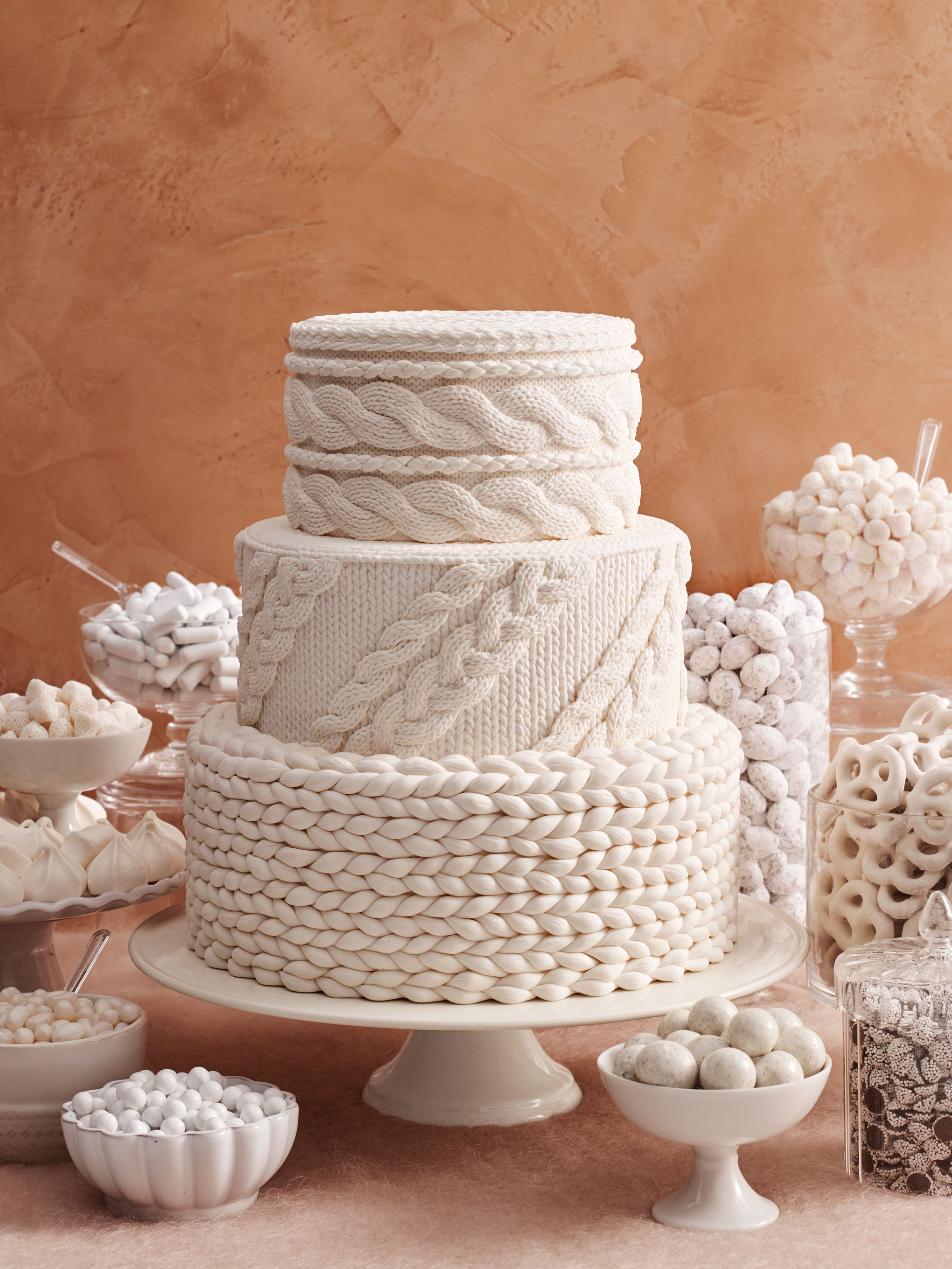 knit wedding cake