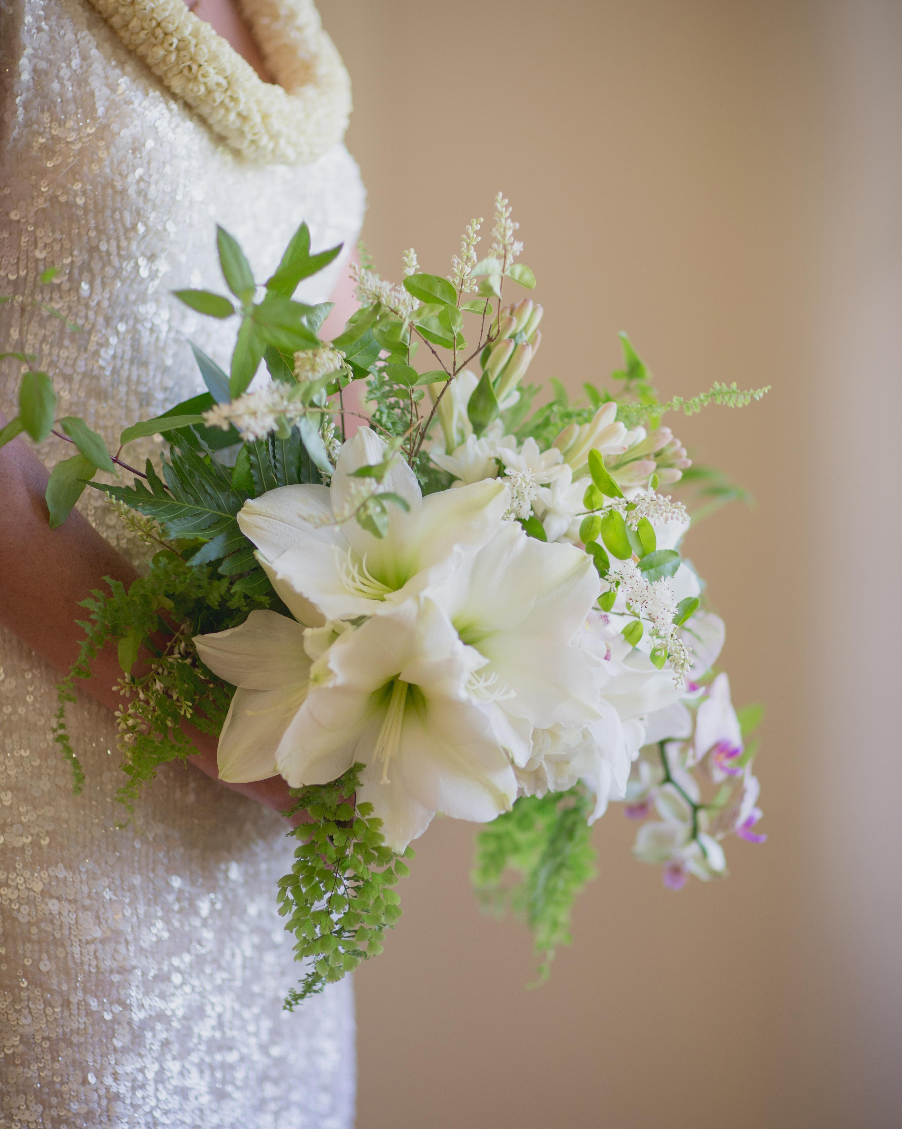 maddie-tony-wedding-bouquet-7061-s112424-1015.jpg