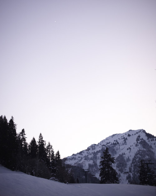 mw2109_0110_mountain.jpg