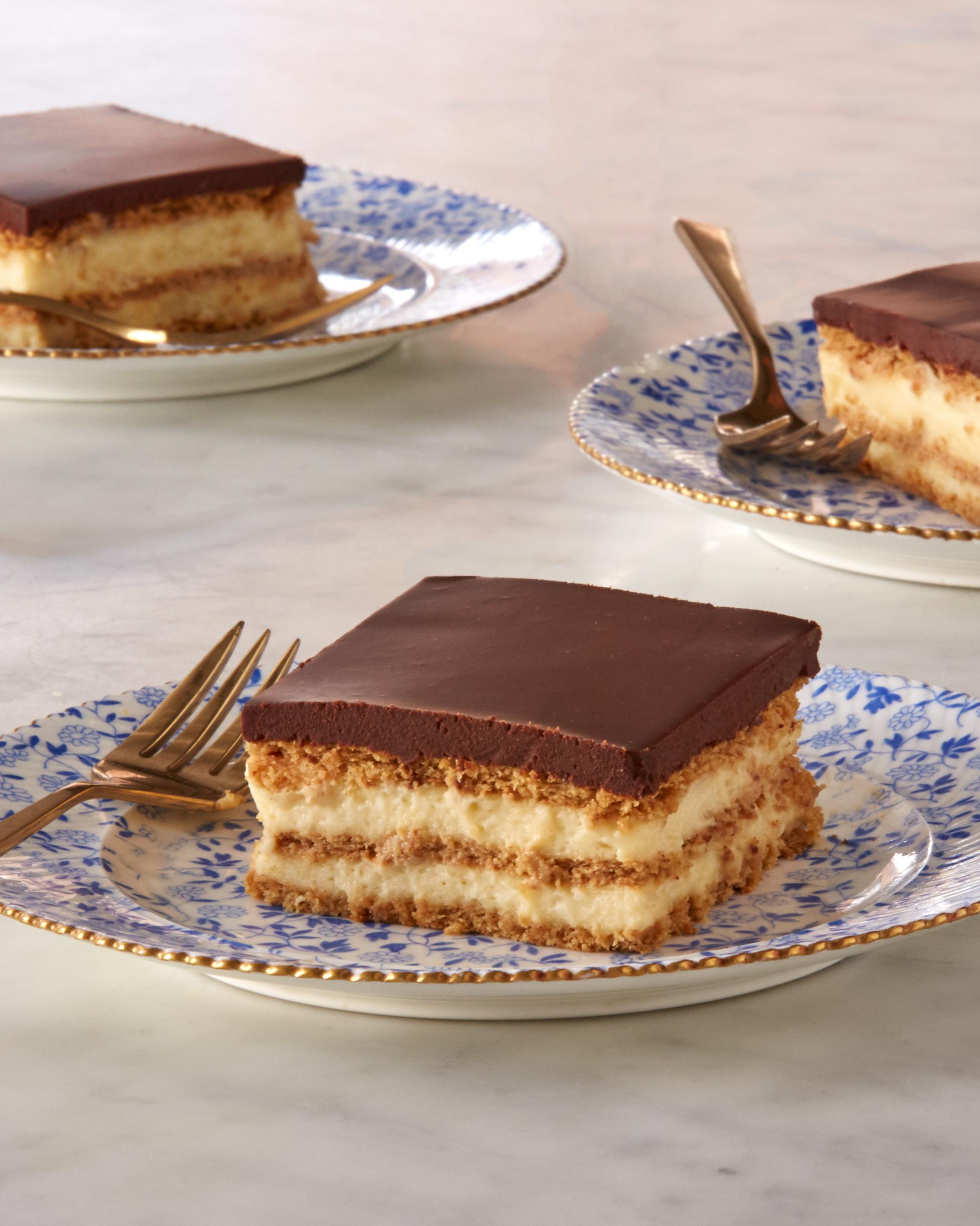 eclair-cake-0420-d112647.jpg