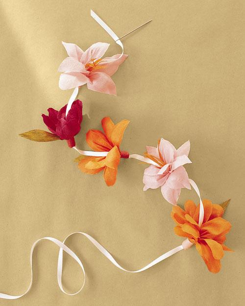 ml243_spr01_crepe_paper_flowers_ff10.jpg