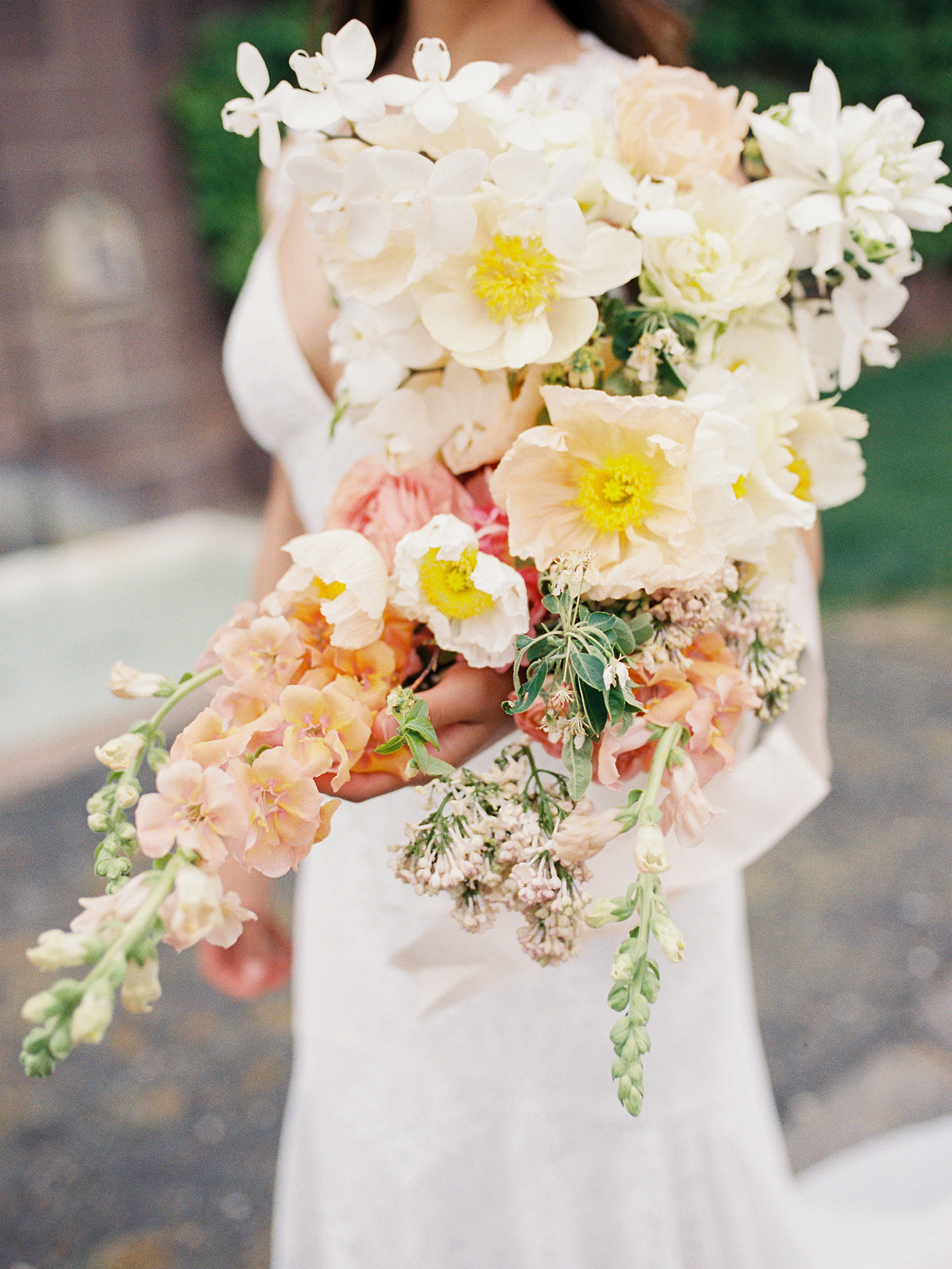 modern wedding bouquet seven shaped floral arrangement