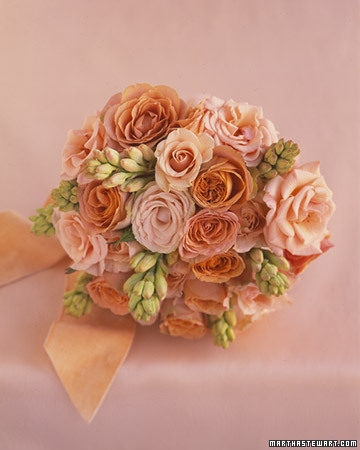 A Flirty Peach and Pink Bouquet