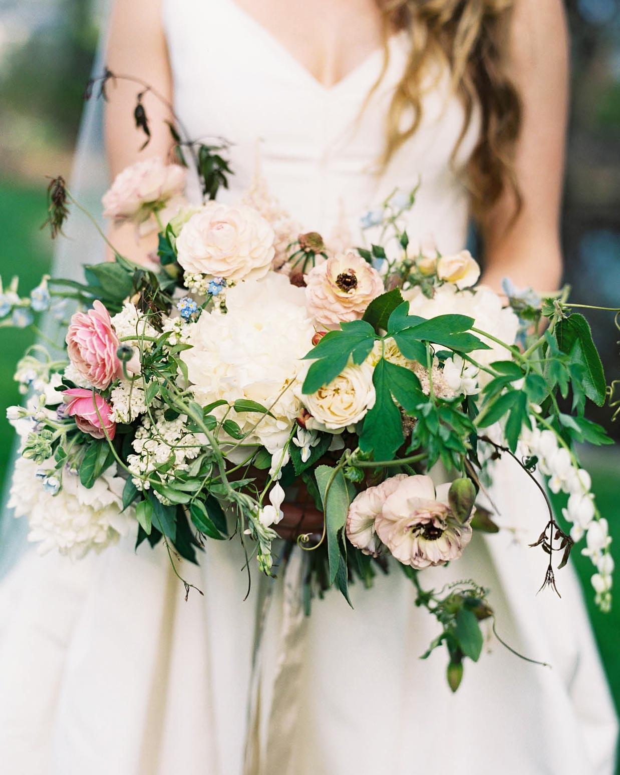 nikki-kiff-wedding-bouquet-004771016-s112766-0316.jpg