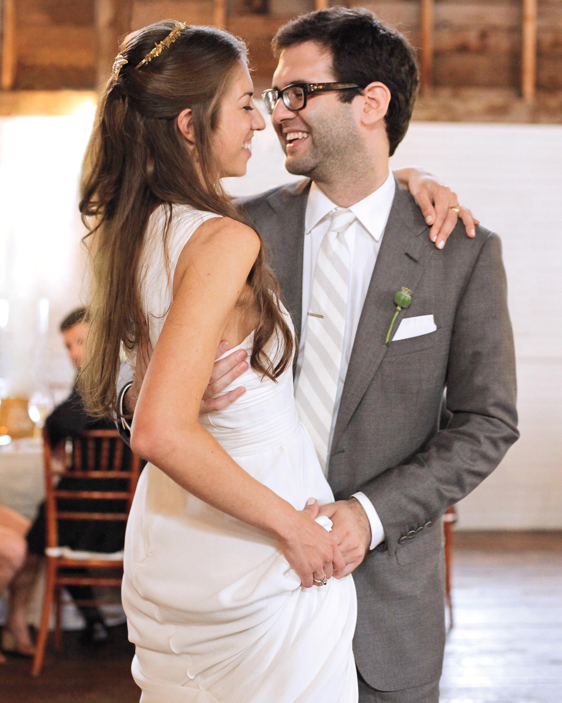 bride-groom-2-0811mwd106246.jpg