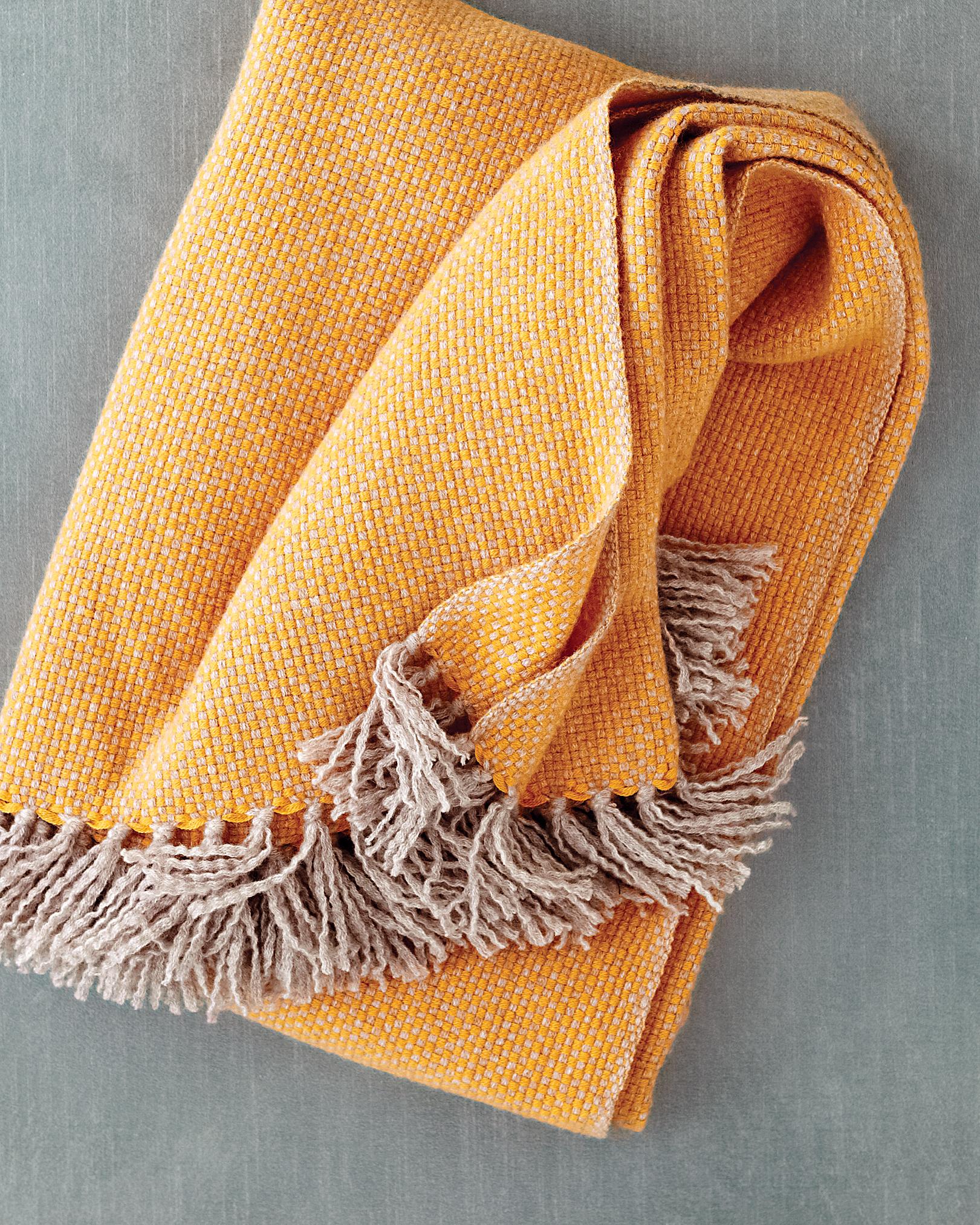 cashmere-throw-0811mwd107434.jpg