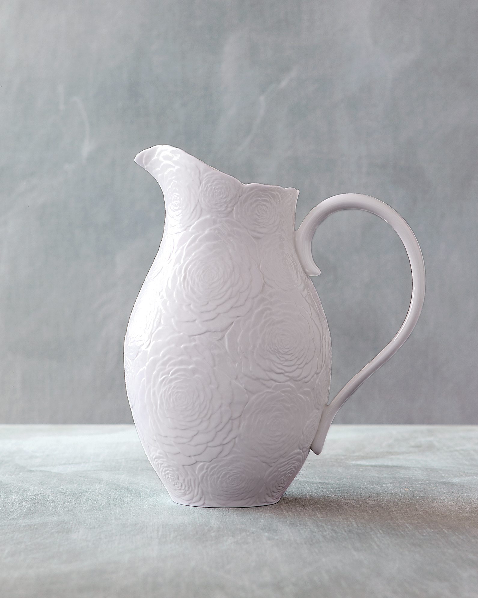 pitcher-0811mwd107434.jpg
