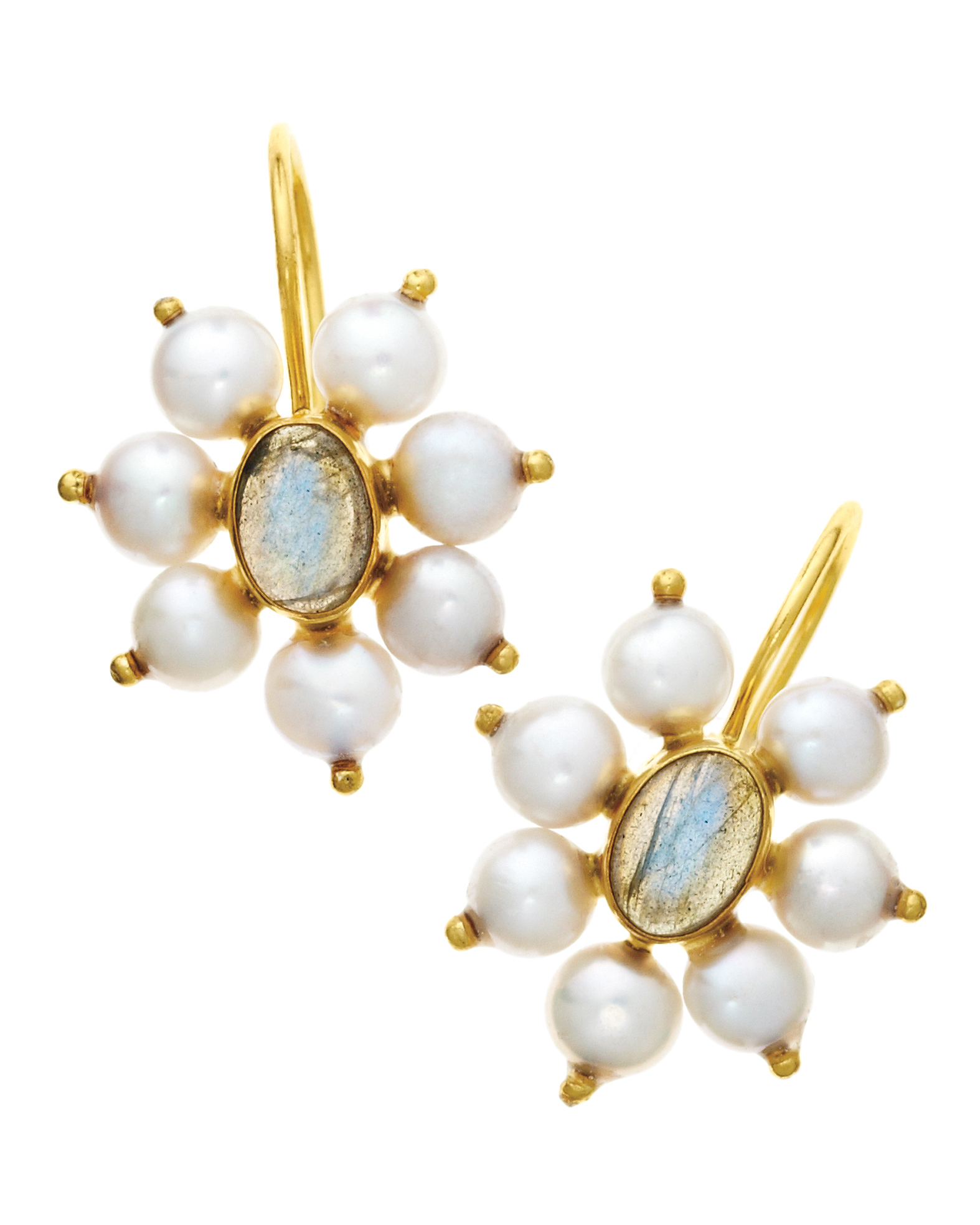 pearl-earrings-0811mwd107539.jpg