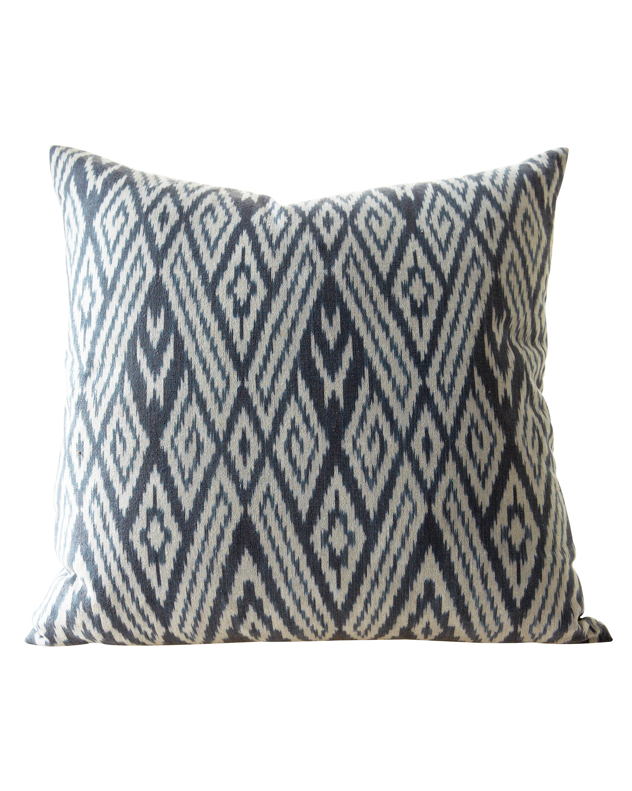 pillow-0811mwd107539.jpg