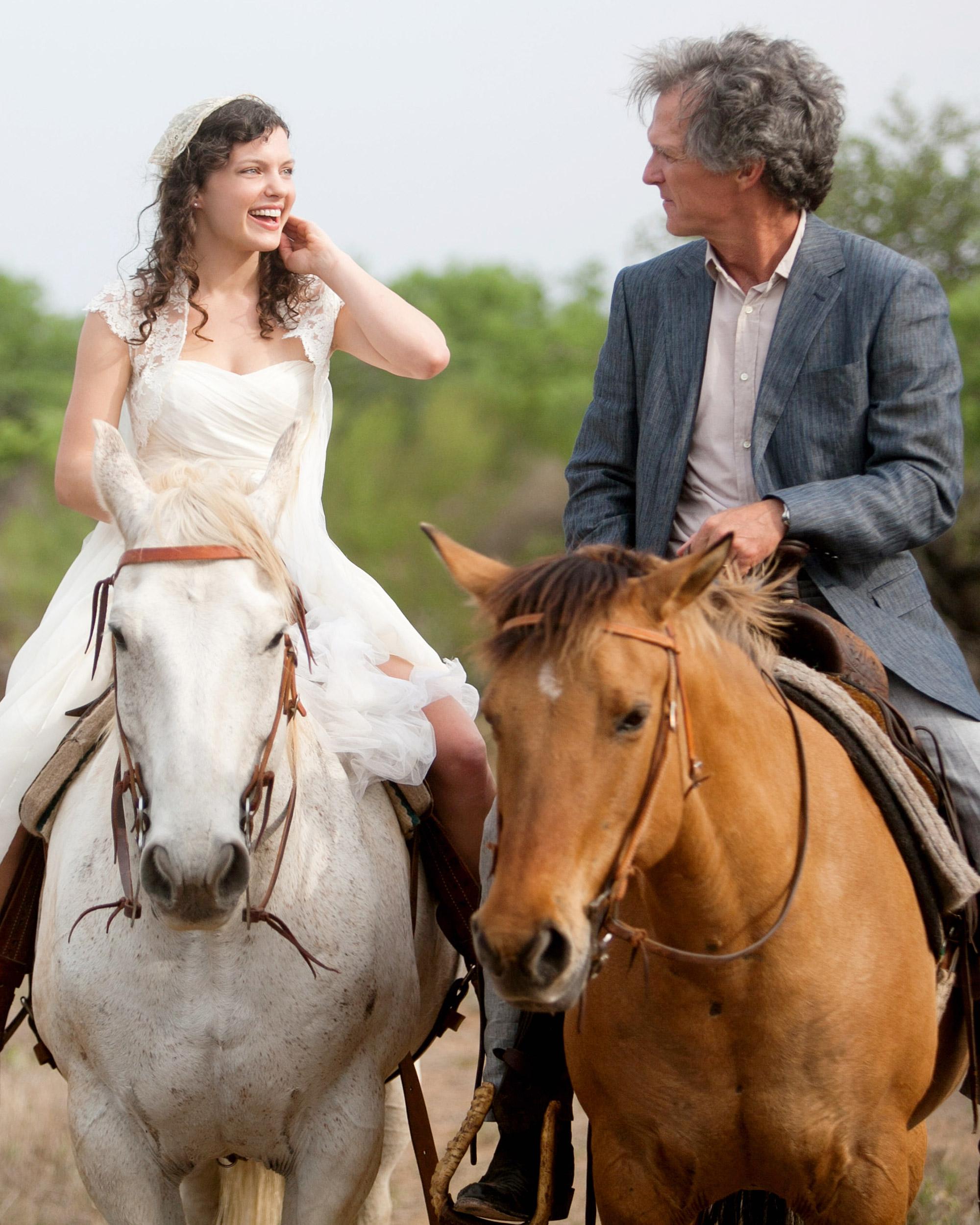rw-ellie-shawn-riding-horses-110423.jpg