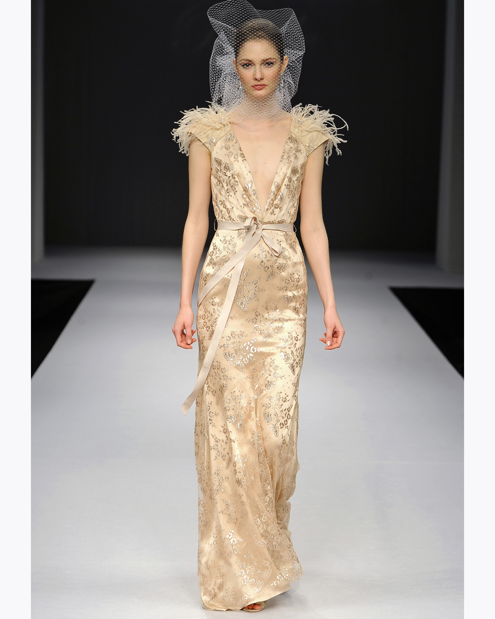 badgley-mischka-fall2012-wd108109-012.jpg