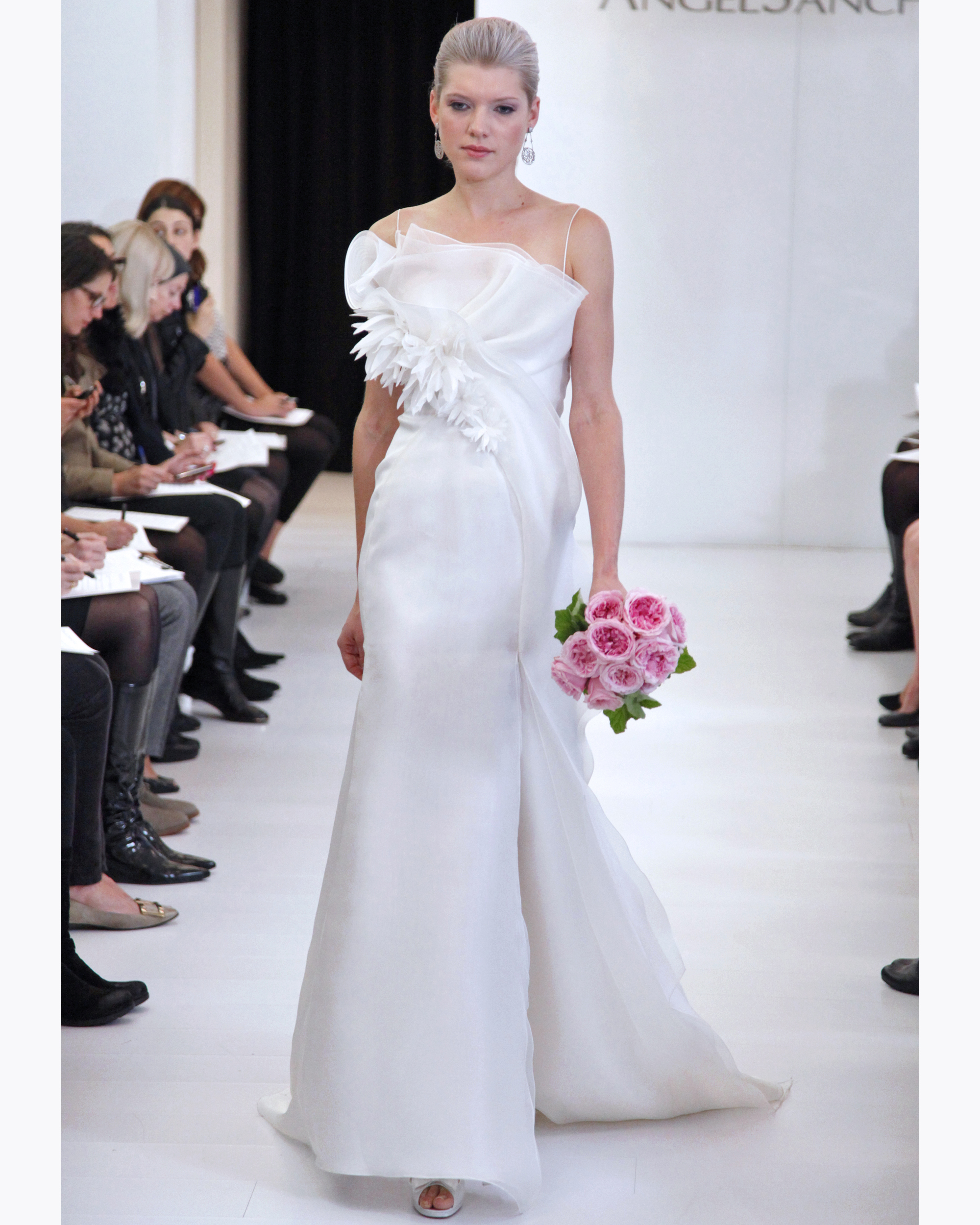 angel-sanchez-fall2012-wd108109-008.jpg