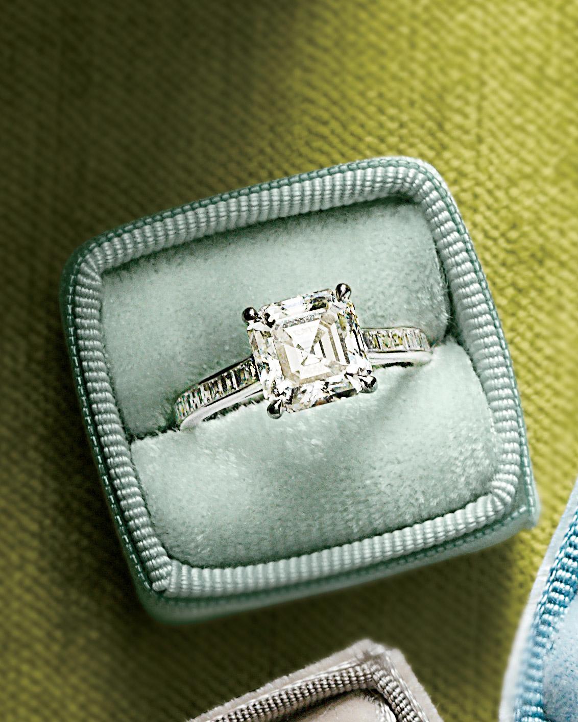 rings-05-mwd107940.jpg
