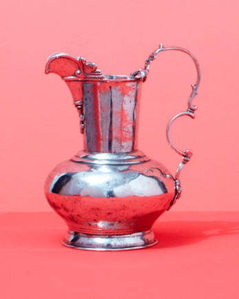 large-pitcher-wd107843.jpg
