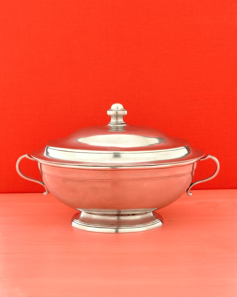 silver-pot-wd107851.jpg